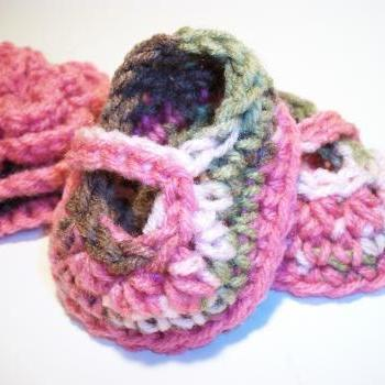 Camo Pink Mary Jane Booties Preemie Newborn 0-3 Month Baby Crochet Photo Prop